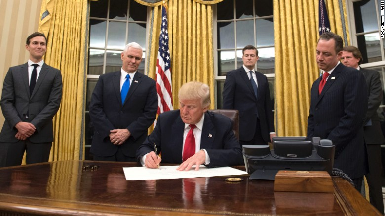 Trump calls on government for funding deal before August break ...