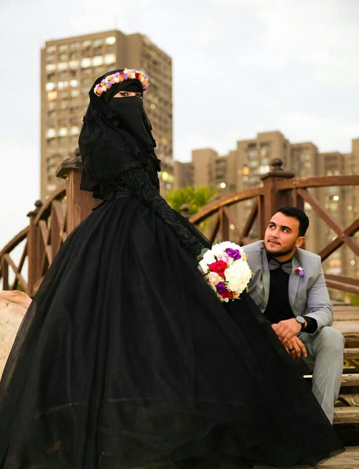 Around The World As Well In Egypt 22 Year Old Egyptian Aya Shabaan Stirred Controversy After Earing A Black Dress At Her Engagement Party