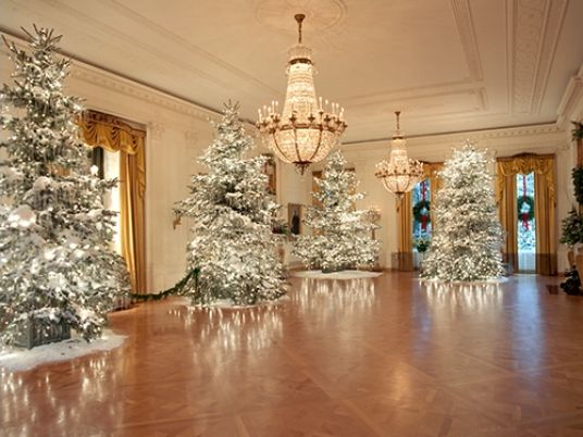 Enjoy breathtaking Christmas ornaments