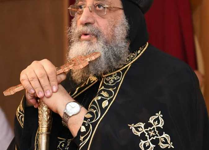 coptic pope leads greek orthodox christmas mass visits catholic church