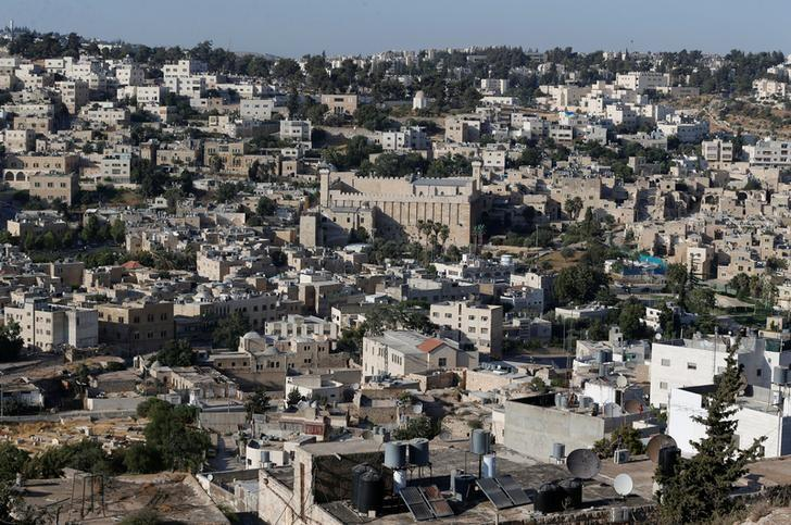 Israeli forces kill Palestinian who tried to stab a soldier