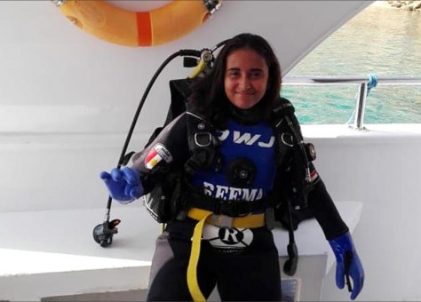 Egyptian teen girl achieves longest dive in the world