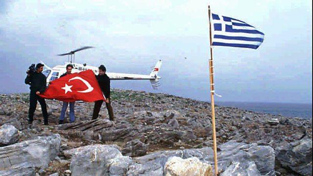 Greek court acquits nine Turkish citizens accused of terrorism