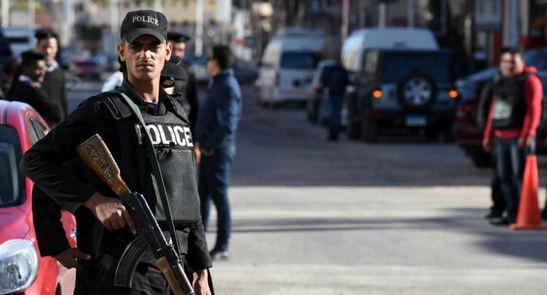 Police guard shoots two Copts in Minya