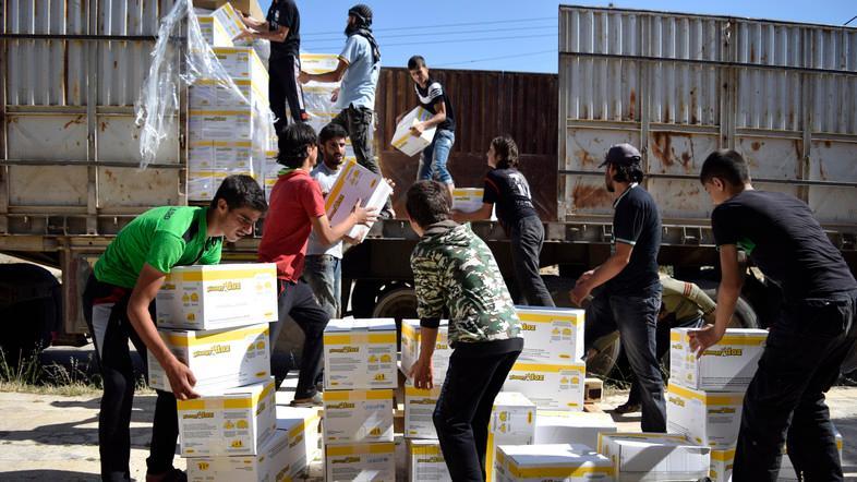 Hodeidah grain stores 'at risk of rotting': UN