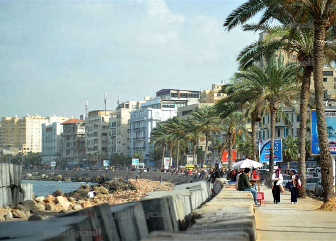 Moderate weather forecast for Sunday, Cairo 18C