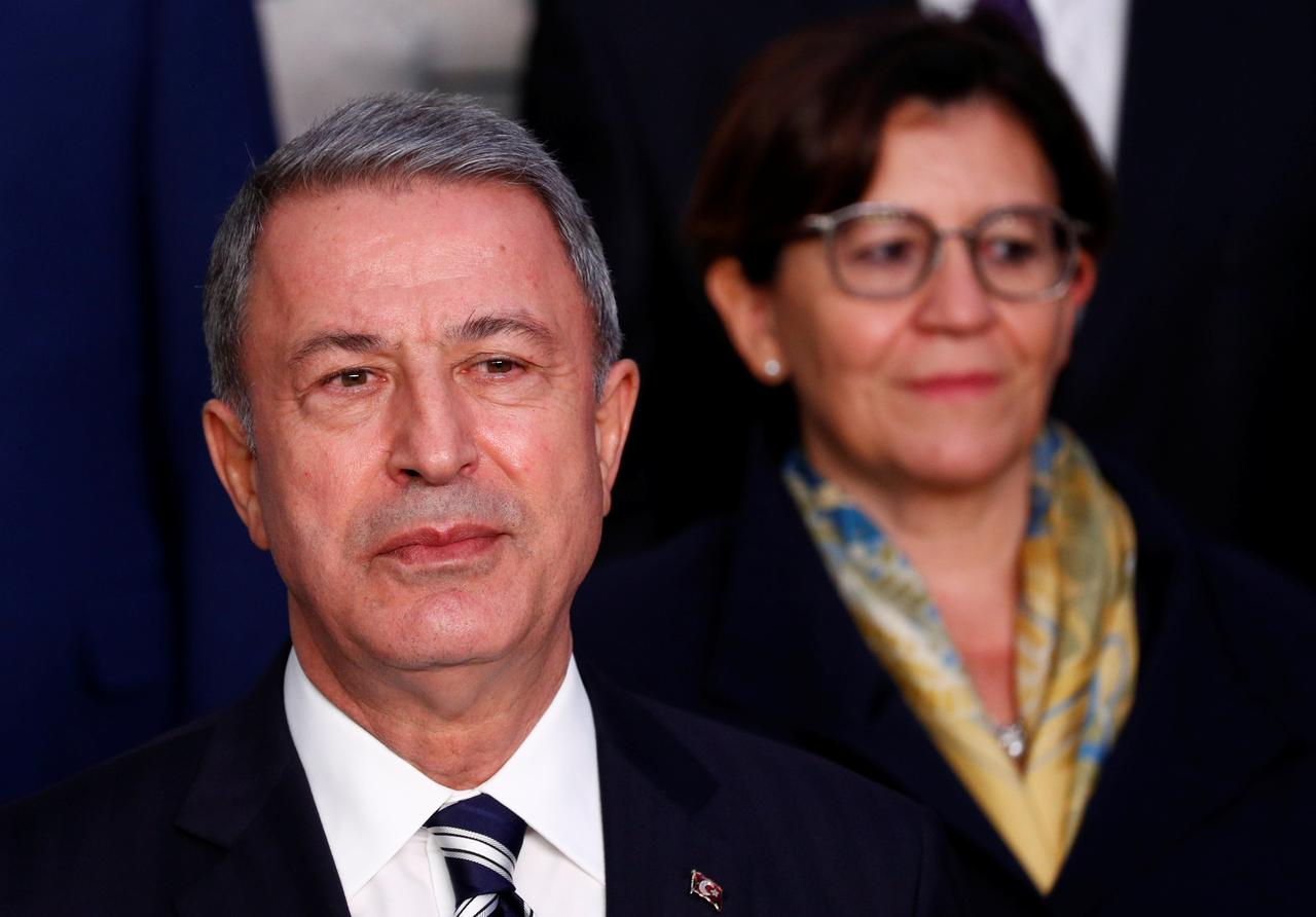 Turkey tells US not to leave power vacuum in Syria withdrawal