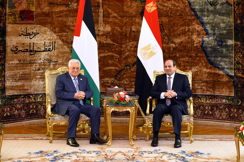 Egypt S Sisi Meets Abbas To Discuss Developments In Palestinian Cause Egypt Independent