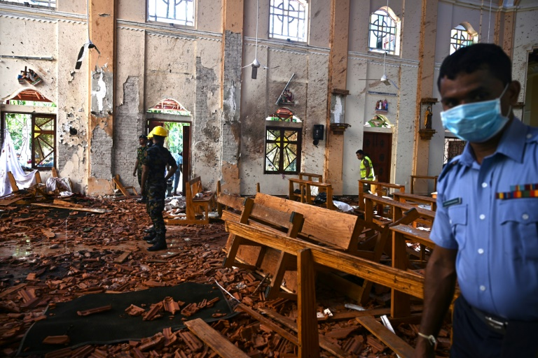 Fresh arrests as Sri Lanka Easter attack toll hits 290