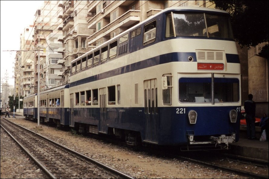 Egypt discusses development of Abu Qir line and Raml tramway with AFD - Egypt Independent