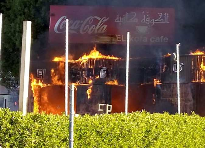Photos: Fire devours cafeteria in Hurghada