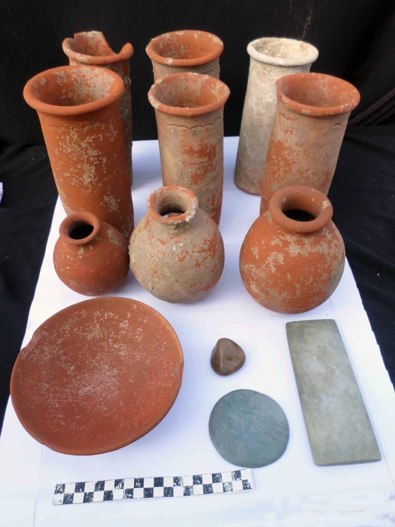 83 ancient graves discovered in Egypt's Daqahliya Governorate - Egypt Independent