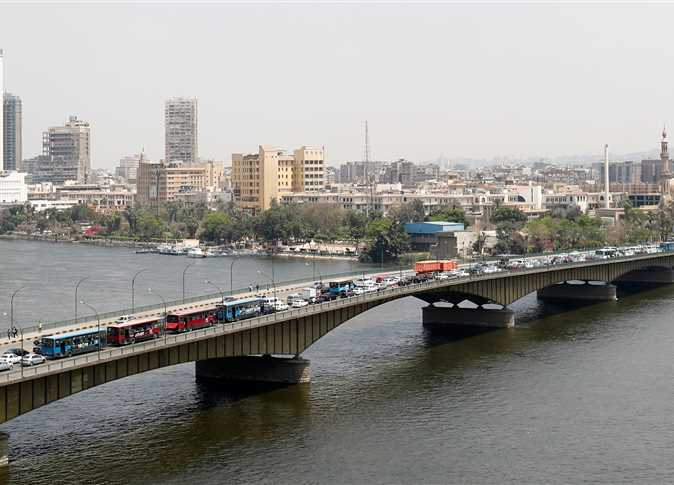 Hot, humid weather with rainfall across Egypt on Sunday