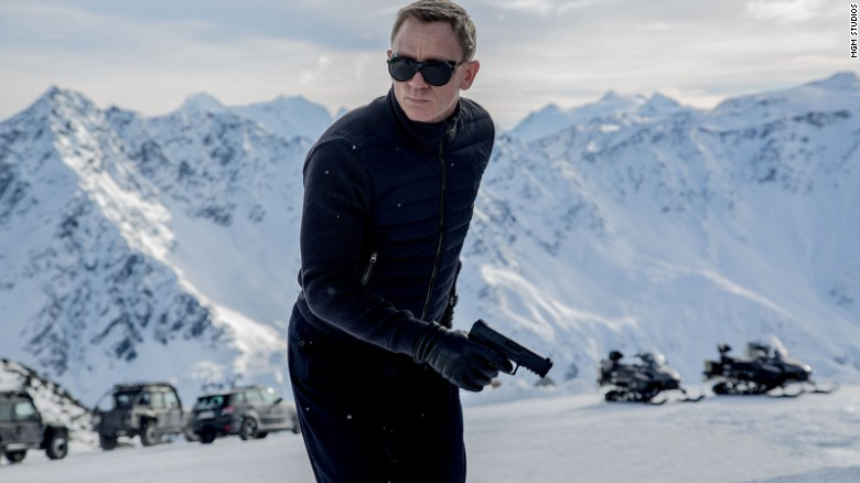 Daniel Craig defends No Time to Die delay