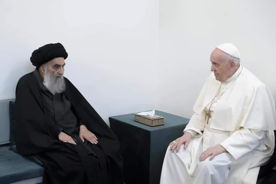 Pope Francis holds historic meeting with Iraq's top Shia cleric