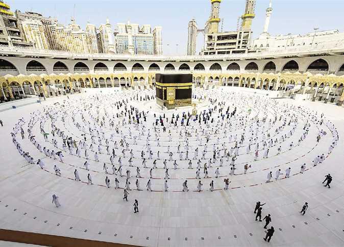 Saudi Arabia limits pilgrims to 60,000 this year, Saudi citizens only