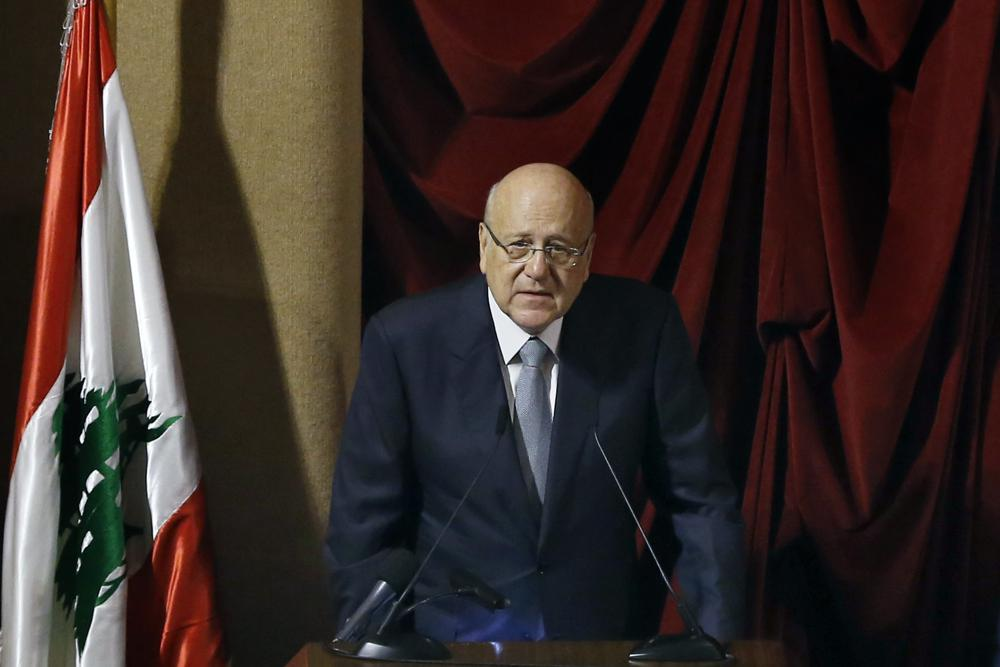 Lebanon's Cabinet wins confidence vote after power cut delay